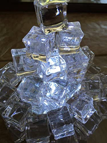 60Pcs Crystal Acrylic 20mm Ice Cube Square Shape Photography Props Party Supply