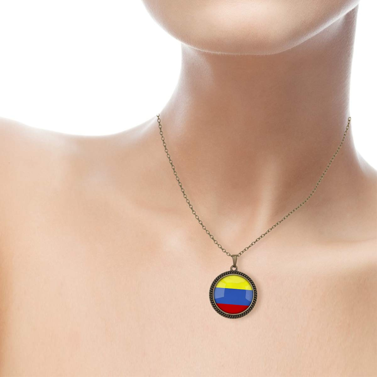 Family Decor The Republic of Colombia National Flag Pendant Necklace Cabochon Glass Vintage Bronze Chain Necklace Jewelry Handmade