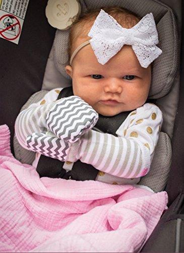 Medium Handsocks Plushy Stay On Strap-Free No-Scratch /& Warmth Baby /& Kid Mittens Elodie Grey Chevron 6-12 Months. Bicep Size Should be 5.0-8.0