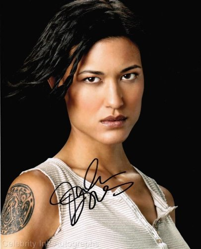 JULIA JONES as Leah Clearwater - Twilight Saga Genuine Autograph from Celebrity Ink