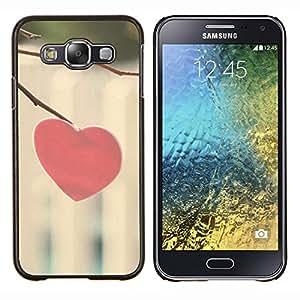 TECHCASE---Cubierta de la caja de protección para la piel dura ** Samsung Galaxy E5 E500 ** --Corazón del amor Minimalista