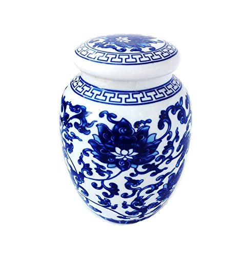 Porcelain Vase Set (Decorative Blue and White Lotus Pattern Porcelain Tea Storage Container or Display Unit (Medium Size))