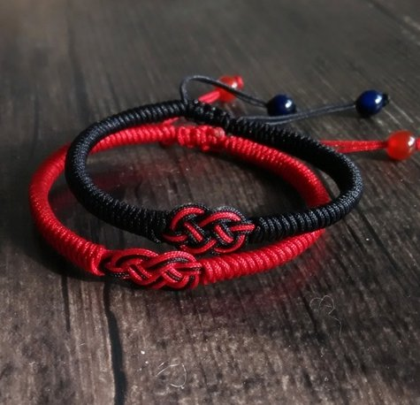 Chinese wind classical Dog Black snow couple red string bracelet diamond knot bracelet men and women hand-woven rope