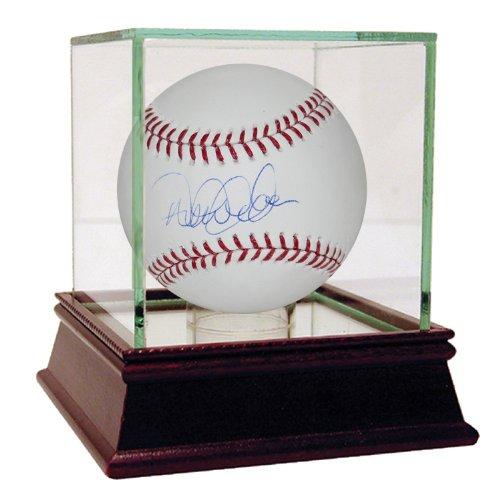 Derek Jeter Signed MLB Baseball | The Captain | New York ...