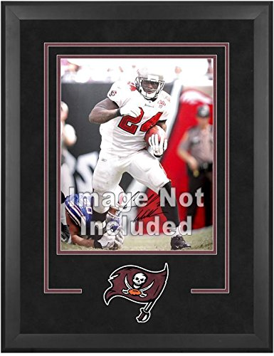 Tampa Bay Buccaneers Deluxe 16x20 Vertical Photograph Frame by Mounted Memories