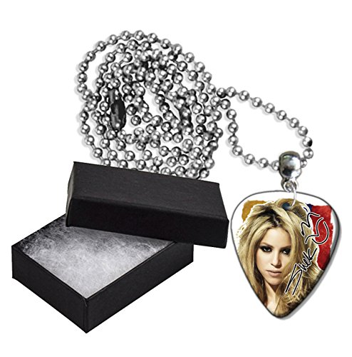 Shakira Flag Style Metal Guitar Pick Necklace - Style Shakira