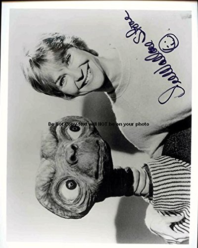 Dee Wallace Stone Autographed Preprint Signed Photo