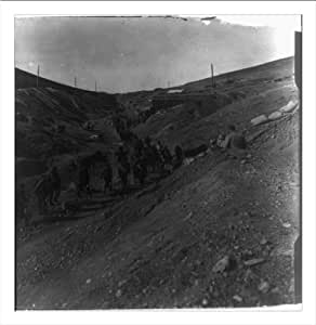 Historic Print (L): [Russians advancing to take the place of fallen comrades in the outer forts - Port Arthu