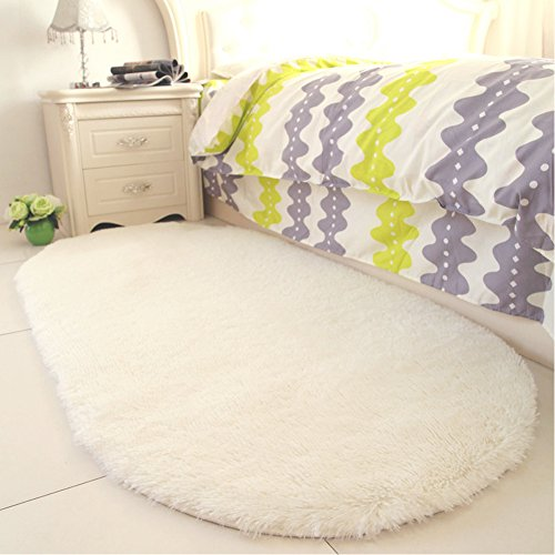 YJ.GWL Soft Creamy Shag Rugs for Bedroom Bedside Fluffy Area Rug Kids Room Mat Anti-Slip Nursery Carpets Home Decor 2.6' X 5.3'