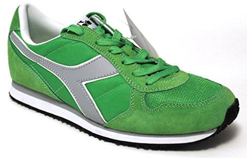 Diadora , Baskets pour homme vert Verde Evidenziatore 41