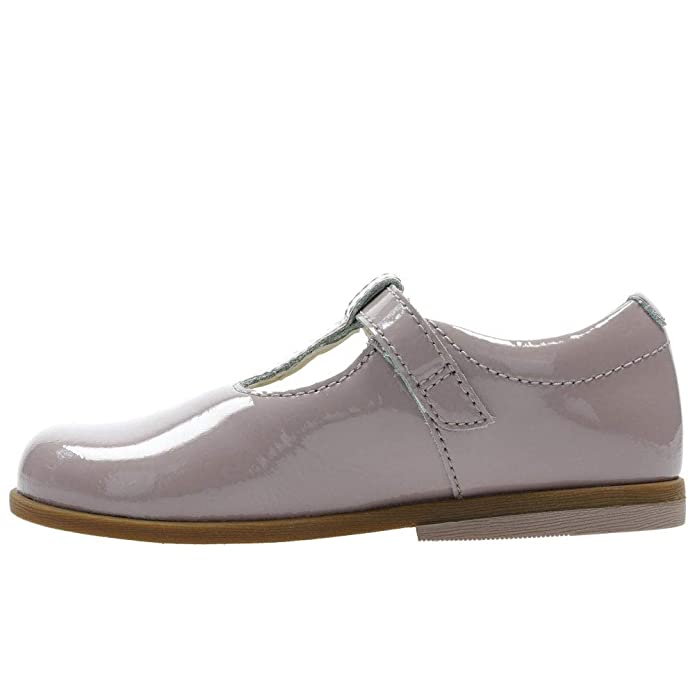 cab9cd955ed Clarks Drew Shine Patent T Bar Girls First Shoes: Amazon.co.uk: Shoes & Bags