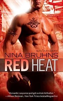 Red Heat (Men in Uniform Book 1) by [Bruhns, Nina]