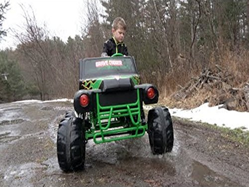 (Monster Truck Power Wheels. Wicked Winter Weather Freestyle!)