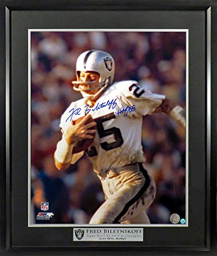 Oakland Raiders Fred Biletnikoff Autographed 16x20 Photograph with Floating Plate Framed (COA)