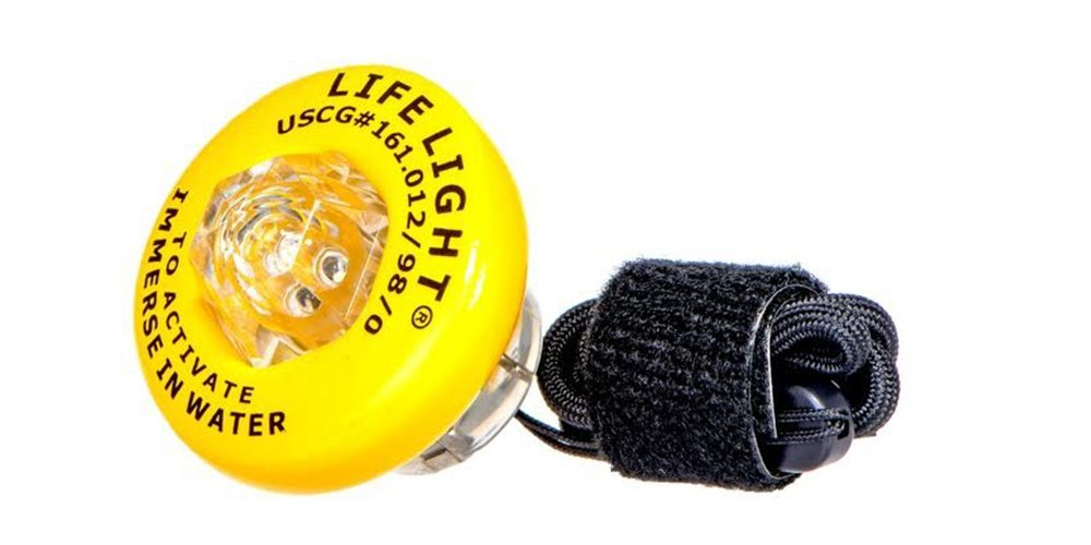 Life Light® - U.S. Coast Guard approved, water-activated, LED Strobe Rescue Light by Life Light (Image #1)
