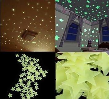 Wandtattoo nachtleuchtend Kosmos mit Leuchtsternen