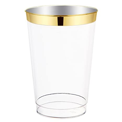 49d286bde089 Amazon.com  12oz Gold Plastic Cups-100pack Clear Plastic Cups with Gold Rim-Wedding Party  Disposable Cups-Heavyweight Plastic Tumblers-WDF (Gold Trim)  ...