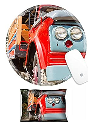 Luxlady Mouse Wrist Rest and Round Mousepad Set, 2pc Wrist Support Close up Headlight Old Truck Park in Garden IMAGE: 25492816