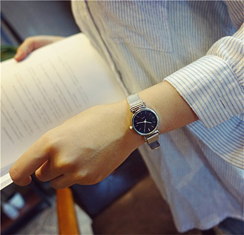 Generic Middle school girls watch college wind retro mini fresh and simple Korean leisure Beautiful chain table
