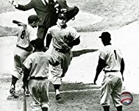 New York Yankees Mickey Mantle Rounding The Bases. 8x10 Photo Picture (rounding)
