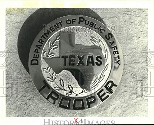 Vintage Photos 1988 Press Photo Trooper Badge of The Texas Department of Public Safety