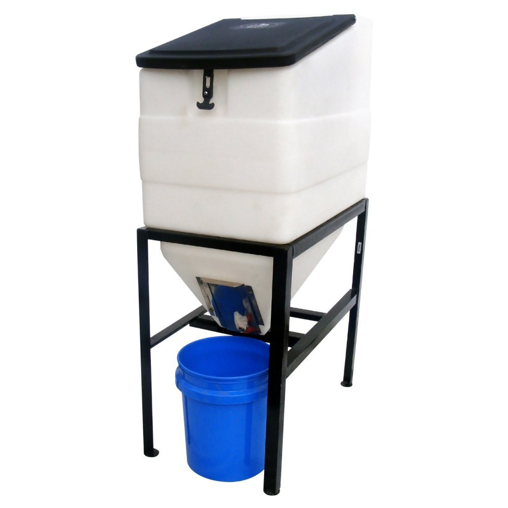 High Country Plastics BIN-270 Feed Bin with Stand, 270 Gallon