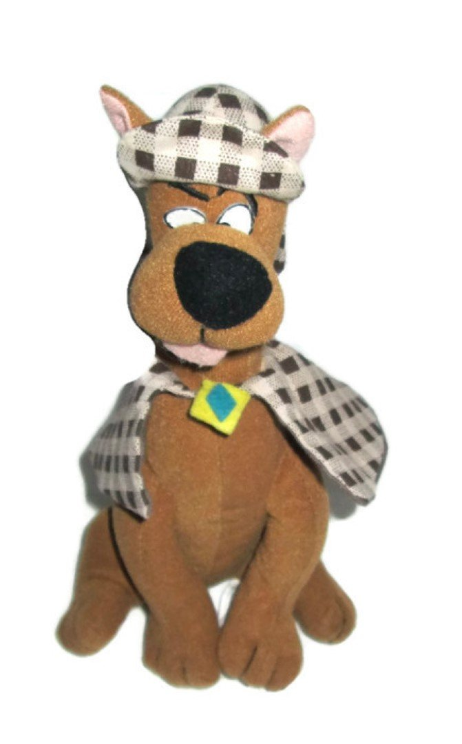 """Scooby-doo Sherlock Holmes with Cape and Hat 8"""" Tall"""