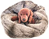 GoodDogBeds 26 by 16 by 22-Inch Faux Fur Cubby, Medium, Grey Chinchilla Review