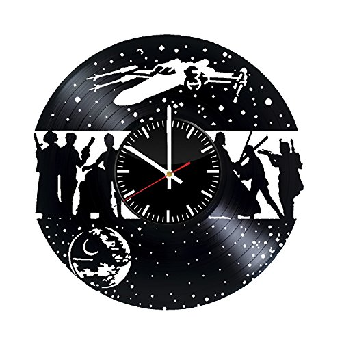 Star Wars Decorative Wall Clock Made From Used Vinyl Record - Get unique bedroom and living room wall decor - Gift ideas for boyfriend and girlfriend – Space Characters Unique Fan Art