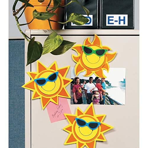 Fun Express - Smile Face Sun Magnet Craft Kit for Summer - Craft Kits - Stationary Craft Kits - Magnet - Summer - 12 Pieces]()