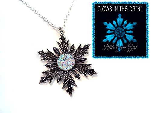 [Glow in the Dark Silver Snowflake Necklace with Rainbow Flower Glowing Winter Frozen Charm 18 In] (Elsa Once Upon A Time Costume)