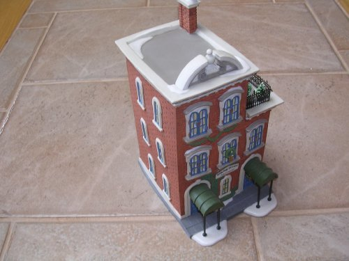 Department 56 Heritage Village Collection ; Christmas in the City Series ; Ivy Terrace Apartments (Terrace Series)