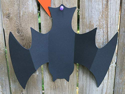Set of 6 Hanging Paper Bats for Halloween Party, 3D Upside Down Bat Cave, Party Decorations, Classic -