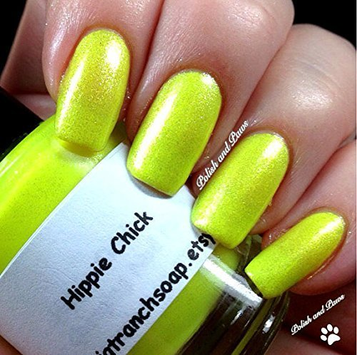 107904e19fa Amazon.com  Neon Yellow Nail Polish - Fluorescent - HIPPIE CHICK - FREE  SHIPPING - UV Reactive Nail Polish Lacquer - Regular Full Sized Bottle (15  ml size)  ...
