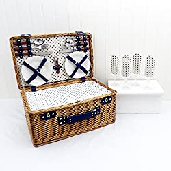 Luxury Picnic Baskets Online for Champagne Lovers | Mini Bottles of ...