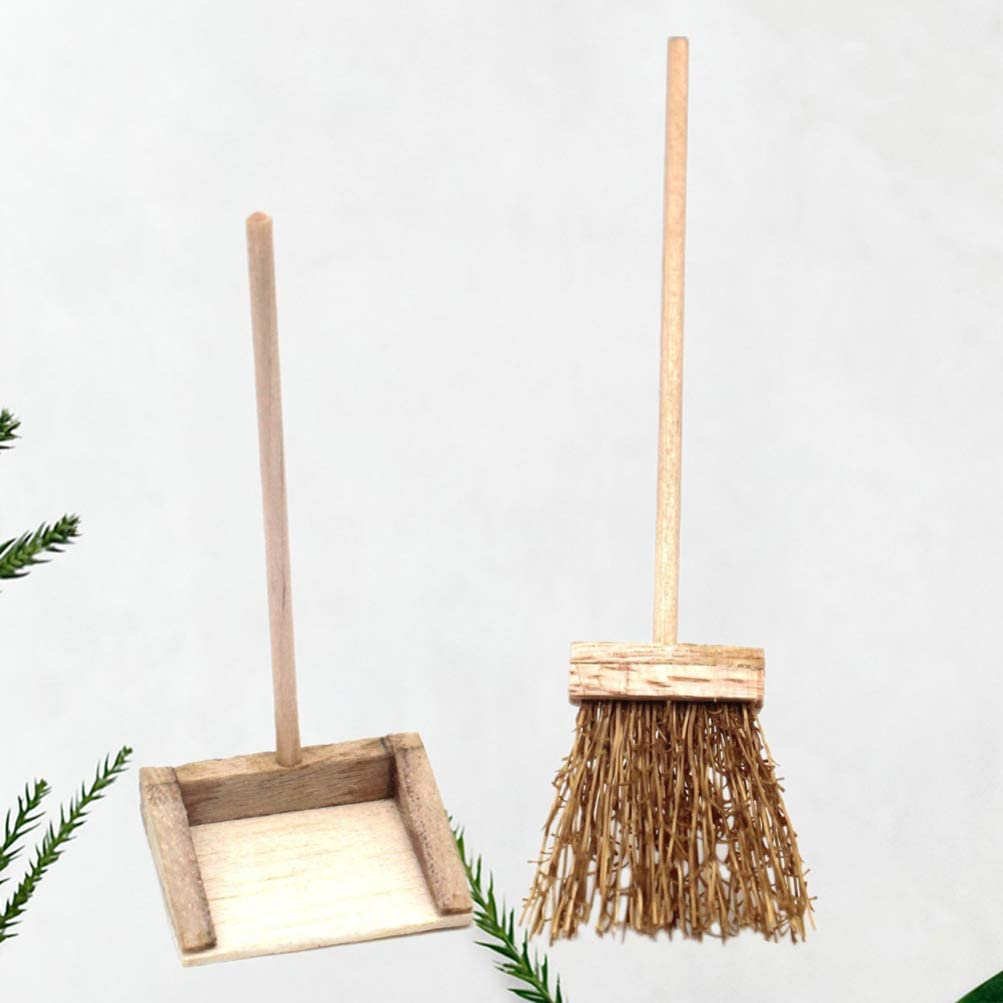 Healifty 2pcs Miniature Dollhouse Broom and Dustpan 1:12 Scale Doll House Fairy Garden Furniture Accessories Toys For Girl