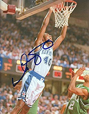 Autographed Walter McCarty University of Kentucky Wildcats 8x10 photo
