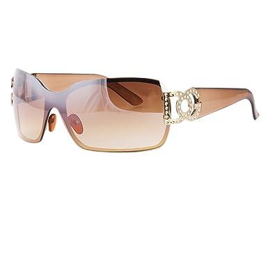 c5df6458e0b Amazon.com  New DG Eyewear Fashion Designer Shield Sunglasses Shades Women  Black Retro  Clothing