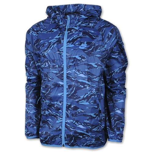competitive price 3b0ec 5361c NIKE Men s Packable Camo Lightweight Windrunner Jacket, Blue Sapphire Blue  Hero  Amazon.co.uk  Sports   Outdoors