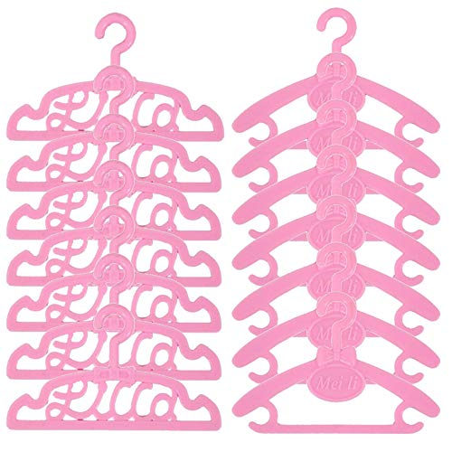 Great Hangers for All of Your Dolls Clothes