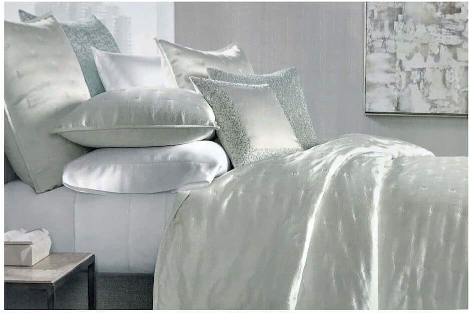 Queen Quilted Coverlet Off White Hudson Park Collection Nouveau Full