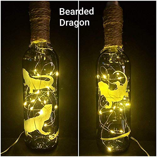 TRIMMED WITH TWINE AND CHARMS LIGHTS HAND ETCHED WINE BOTTLE LIZARD REPTILE BEARDED DRAGON DESIGN CLEAR