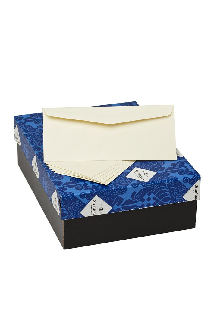 Strathmore Writing Envelopes, No. 10 Commercial Flap Writing 25-Percent Cotton Wove Finish 24-Pound, 4-1/8 x 9-1/2 Inch, 500 Envelopes/Box - Sold as 1 Box, Ivory (M45831)
