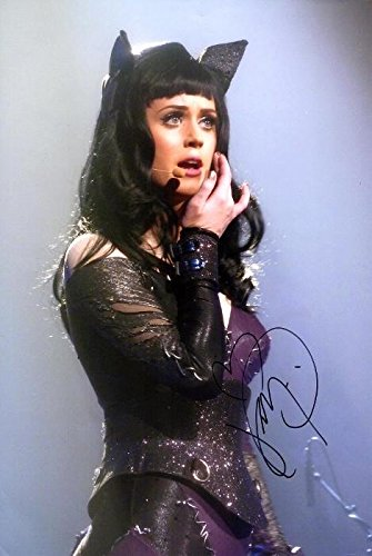 Katy Perry Signed - Autographed Pop Singer - American Idol Judge 10x15 inch Photo - Guaranteed to pass or JSA - PSA/DNA Certified
