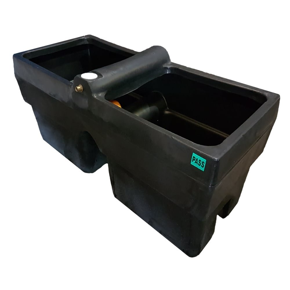 Titan 90 Gallon Horse Cattle Drinker Agricultural Water Trough (Black)