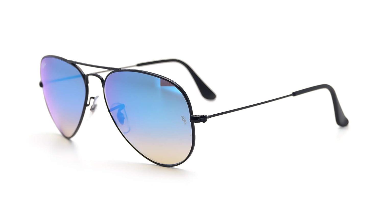 7ee175d1d Amazon.com: Ray-Ban RB3025 Aviator Flash Lens Gradient Unisex Sunglasses ( Black Frame/Blue Gradient Flash Lens 002/4O, 58): Clothing