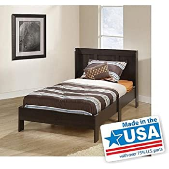 Amazon Com Modern Twin Platform Bed Frame With Headboard