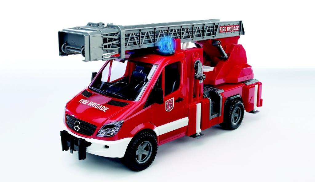 bruder 02532 camion de pompier mercedes benz avec. Black Bedroom Furniture Sets. Home Design Ideas