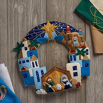 Bucilla 86734 Felt Applique Wreath Town of Bethlehem Size 13 x 12.5-Inch