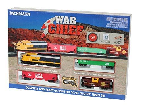 Bachmann Trains Santa Fe War Chief Ready to Run HO Scale Electric Train Set [並行輸入品] B07HLG5YS9